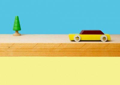ikonic-toys-floris-hovers-duotone-car-2-4