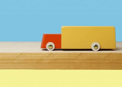 ikonic-toys-floris-hovers-duotone-car-6-2