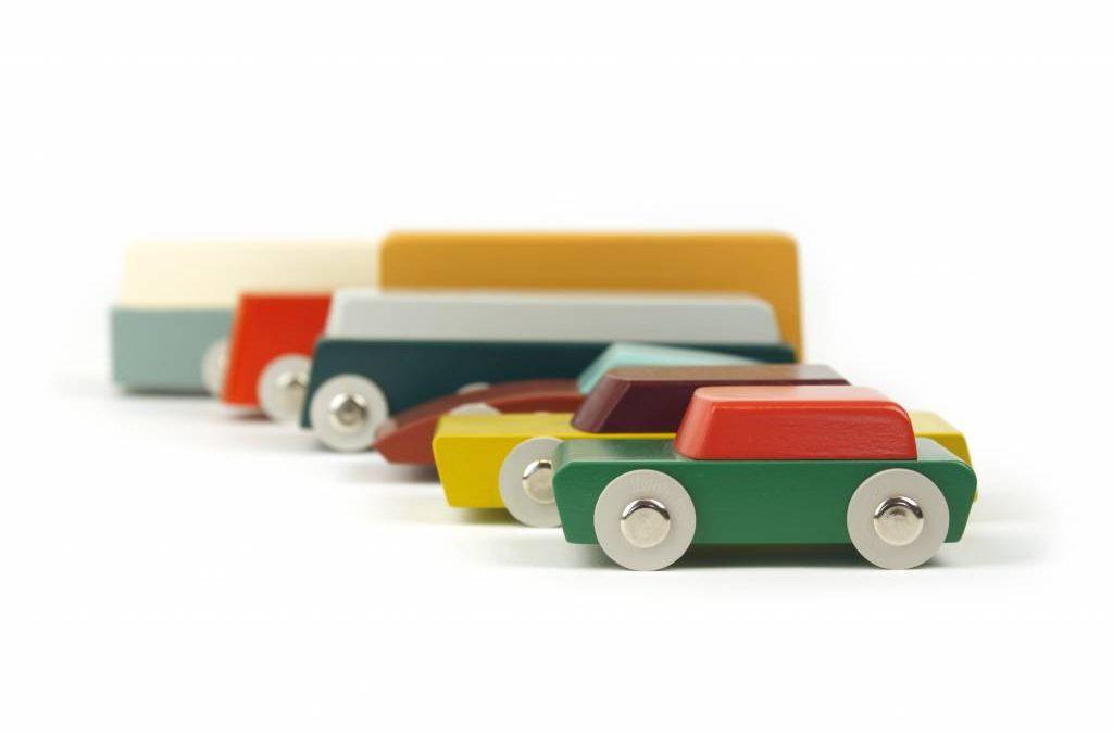 Juguetes de madera de diseño por Floris Hovers. Todo un descubrimiento.